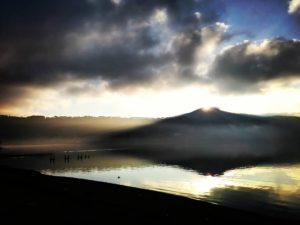 Alba equinoziale: Monte Cavo e Lago Albano