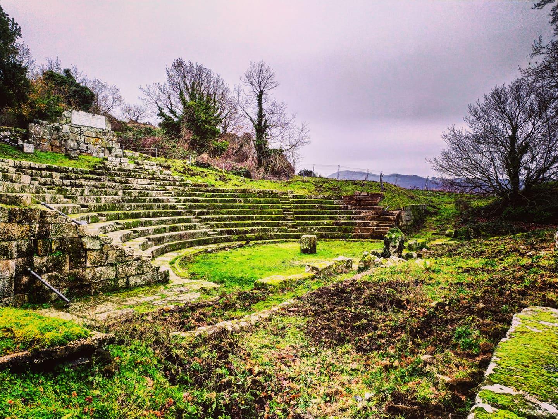 L'Anfiteatro sepolto del Tuscolo e le mura Poligonali